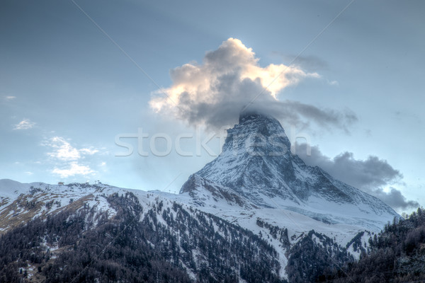 ünlü görmek dağ yakın bulutlar kar Stok fotoğraf © oliverfoerstner