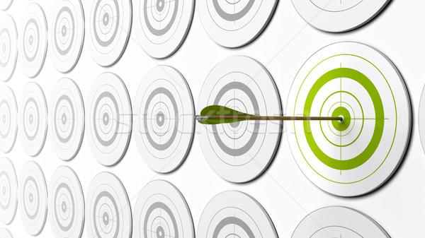 Negócio desafiar verde seta centro alvo Foto stock © olivier_le_moal