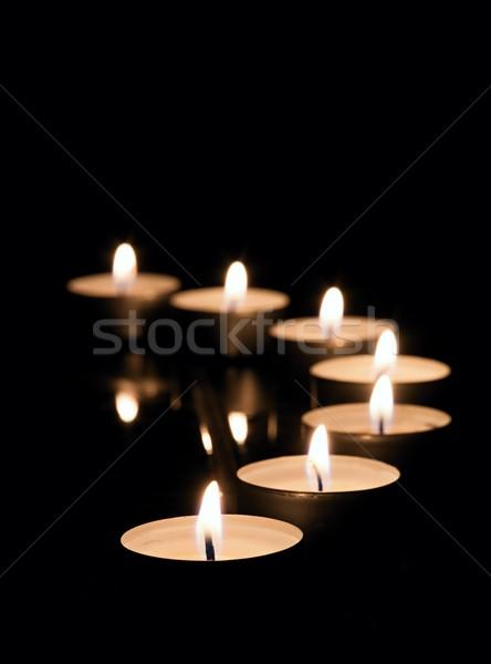 Beaucoup thé bougies brûlant lumière noir Photo stock © ondrej83