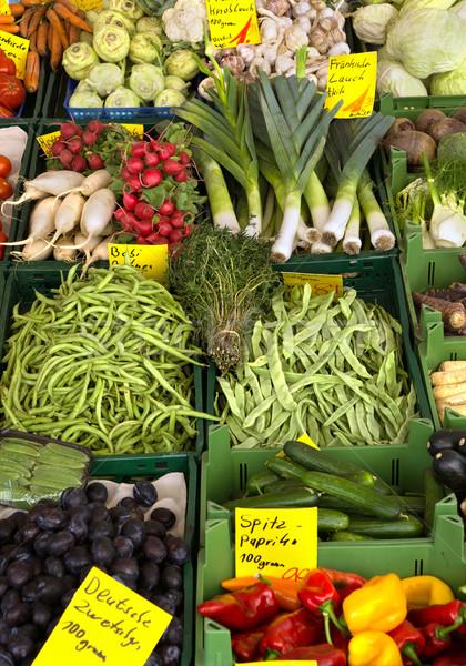 Zöldség piac friss zöldségek zöld friss hagyma Stock fotó © oorka