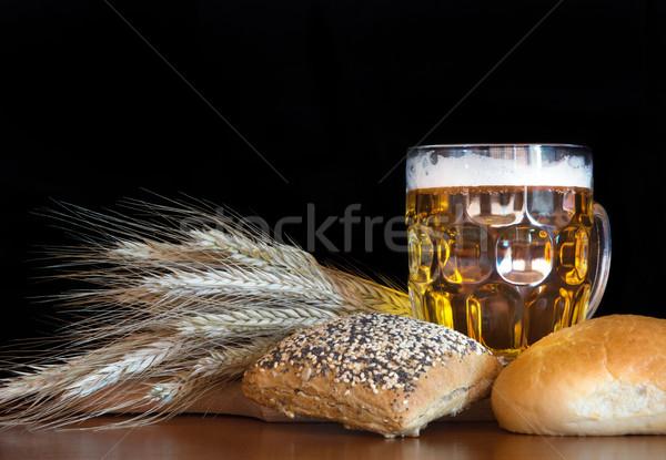 Cerveja quartilho trigo preto vidro fundo Foto stock © oorka