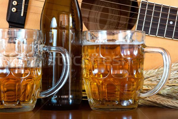 Bière guitare verre blé alcool fraîches Photo stock © oorka