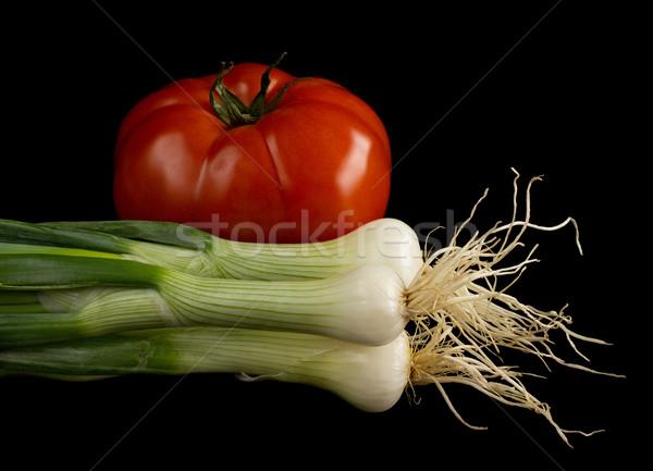 Paradicsom hagyma izolált fekete étel háttér Stock fotó © oorka