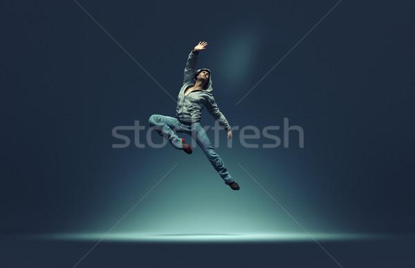 Skoki człowiek stanowią 3d ilustracja dance Zdjęcia stock © orla