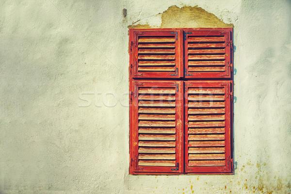 Oude huis gebroken gips houten venster Stockfoto © orla