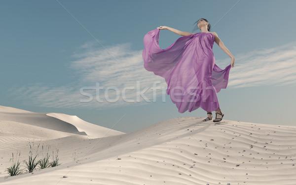 Púrpura vestido arena elegante posando Foto stock © orla