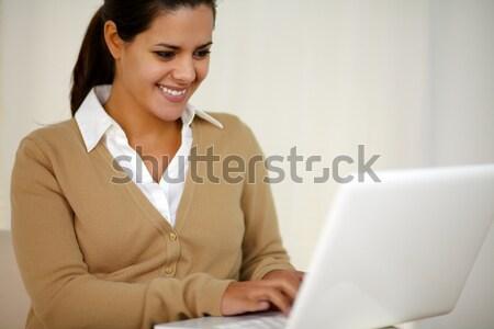 Stockfoto: Jonge · vrouw · vloer · portret · laptop · home
