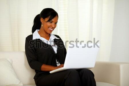 Сток-фото: черный · костюм · рабочих · ноутбука · портрет · сидят