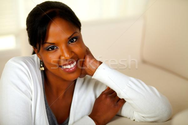 Dziewczyna uśmiechnięty patrząc portret miękkie Zdjęcia stock © pablocalvog