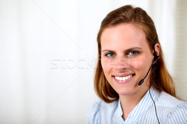 Zawodowych recepcjonista uśmiechnięty portret obsługa klienta Zdjęcia stock © pablocalvog