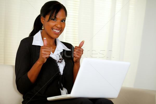 молодые исполнительного женщину интернет портрет ноутбука Сток-фото © pablocalvog