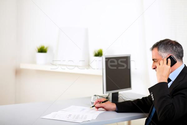 Wykonawczej mówić portret biuro biznesmen Zdjęcia stock © pablocalvog
