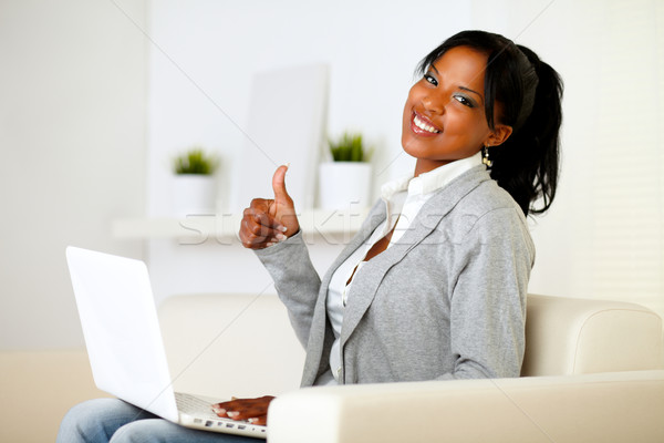Stockfoto: Positief · jonge · vrouw · naar · portret · werken · laptop