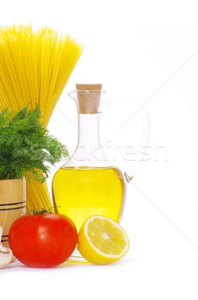 Foto d'archivio: Pasta · ingredienti · isolato · bianco · alimentare · olio