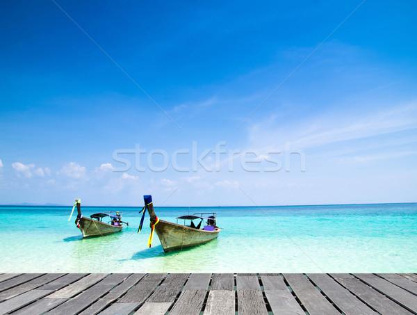 tropical beach Stock photo © Pakhnyushchyy