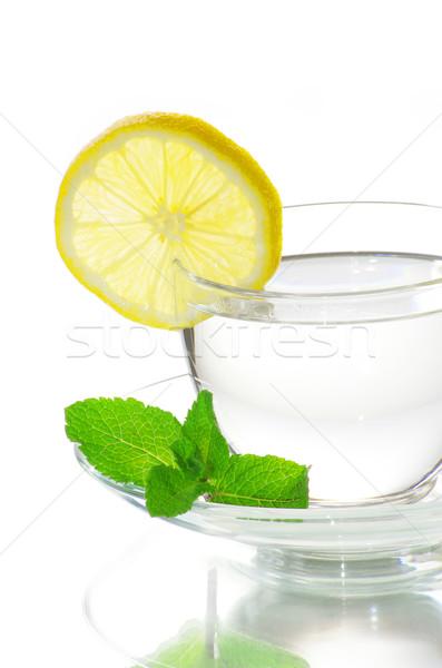 Chá folha de limão vidro Foto stock © Pakhnyushchyy