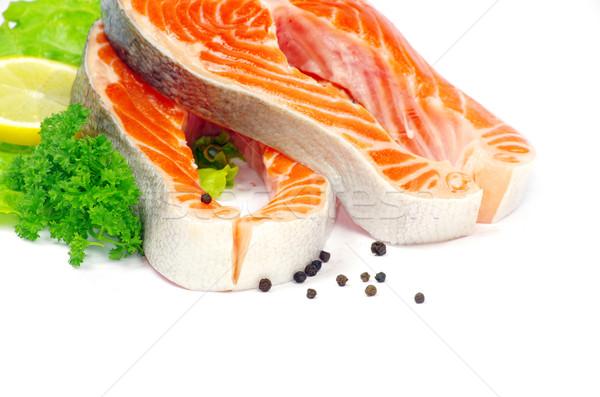 Zalm ruw specerijen geïsoleerd hout vis Stockfoto © Pakhnyushchyy