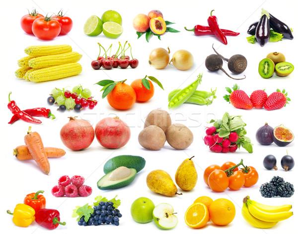 Gyümölcsök zöldség izolált fehér narancs kék Stock fotó © Pakhnyushchyy