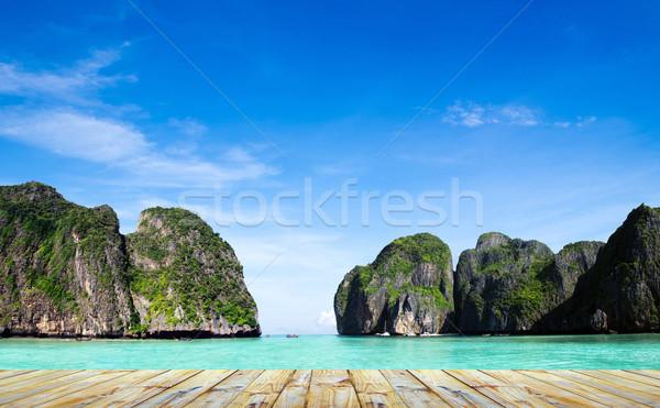 Maya bay Phi phi leh  Stock photo © Pakhnyushchyy
