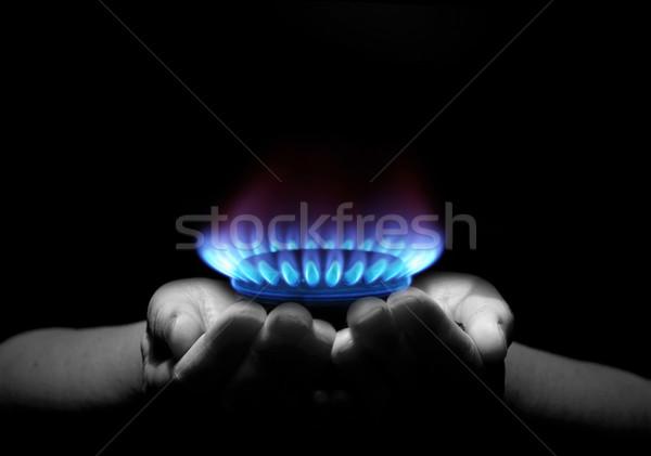 Gaz mâini flacără lumina energie Imagine de stoc © Pakhnyushchyy
