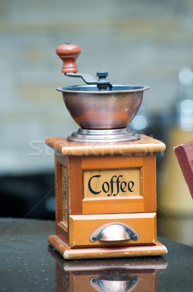 Daráló kávé klasszikus kávé étel fa Stock fotó © Pakhnyushchyy