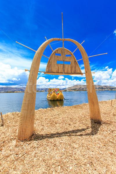 Barco lago mujer naturaleza cultura canoa Foto stock © Pakhnyushchyy