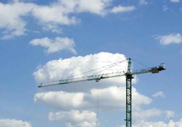 Edificio grúa cielo construcción pared trabajo Foto stock © Pakhnyushchyy