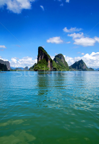 Ilha paisagem céu mar oceano Foto stock © Pakhnyushchyy