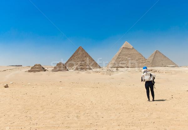 ピラミッド 美しい 空 ギザ 砂漠 ピラミッド ストックフォト © Pakhnyushchyy