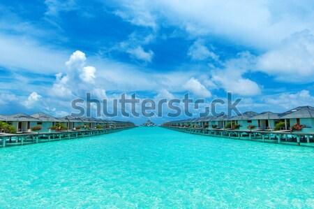 Praia água casa paisagem mar verão Foto stock © Pakhnyushchyy