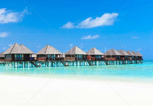пляж воды природы лет синий отель Сток-фото © Pakhnyushchyy