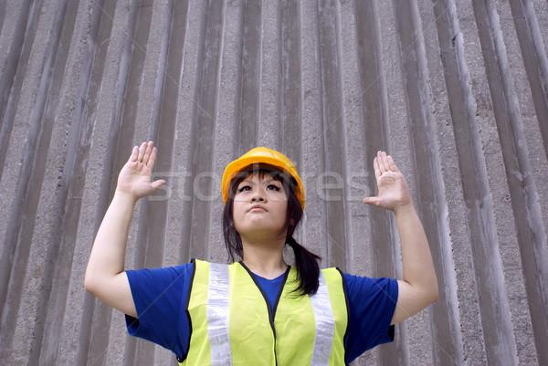アジア 女性 建設作業員 手 信号 停止 ストックフォト © palangsi