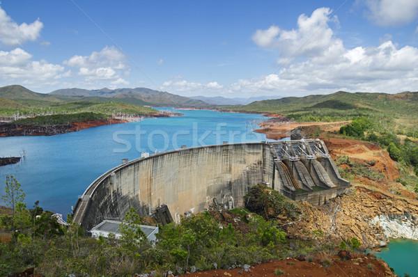 Tó beton ív gravitáció új víz Stock fotó © pancaketom