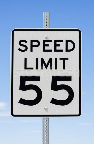 Limite de velocidade assinar blue sky acelerar preto placa de rua Foto stock © pancaketom