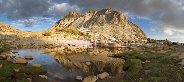 山 反射 小 湖 ベンチ ネバダ州 ストックフォト © pancaketom