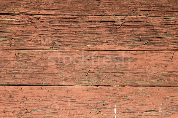 Alten Rot Gemalt Holz Geknackt Stock Foto C Tom Grundy