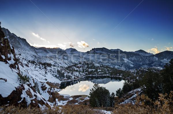 冷たい 山 ネバダ州 太陽 空 ストックフォト © pancaketom