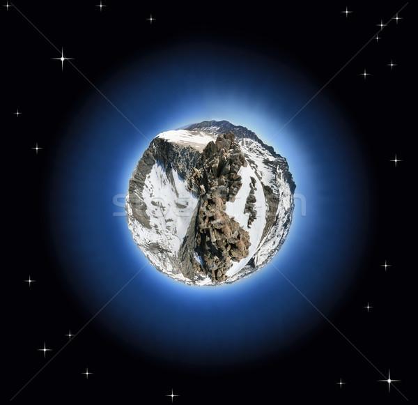 Montanha planeta coberto montanhas neve Foto stock © pancaketom