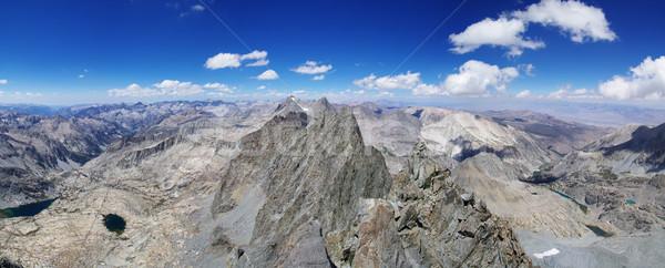 Kuif panorama berg midden landschap Stockfoto © pancaketom