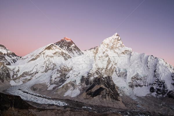 Everest Dağı gün batımı mor gökyüzü kar dağlar Stok fotoğraf © pancaketom