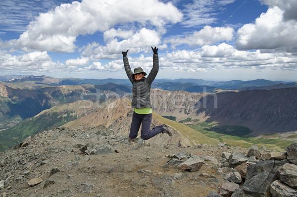Nő ünneplés megmászás láb csúcs Colorado Stock fotó © pancaketom
