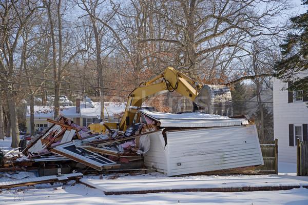 Yerleşim yıkım ekskavatör kış inşaat ev Stok fotoğraf © pancaketom