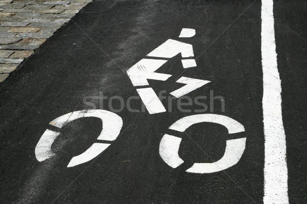 Bicicletta corsia marcatore bianco bicicletta bordo Foto d'archivio © pancaketom