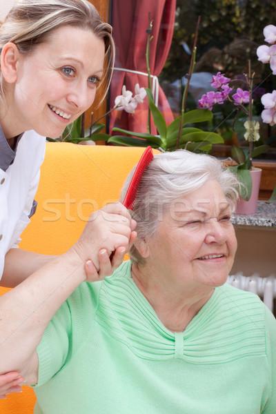 看護 髪 シニア 女性 高齢者 家族 ストックフォト © Pasiphae