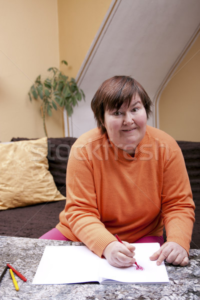 Zdjęcia stock: Niepełnosprawnych · kobieta · malowany · serca · czerwony · domu
