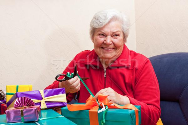Femminile senior pack regalo sorrisi party Foto d'archivio © Pasiphae