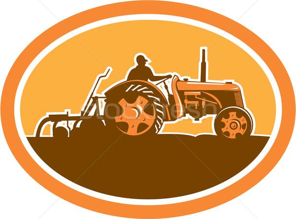 Landbouwer rijden vintage boerderij trekker ovaal Stockfoto © patrimonio