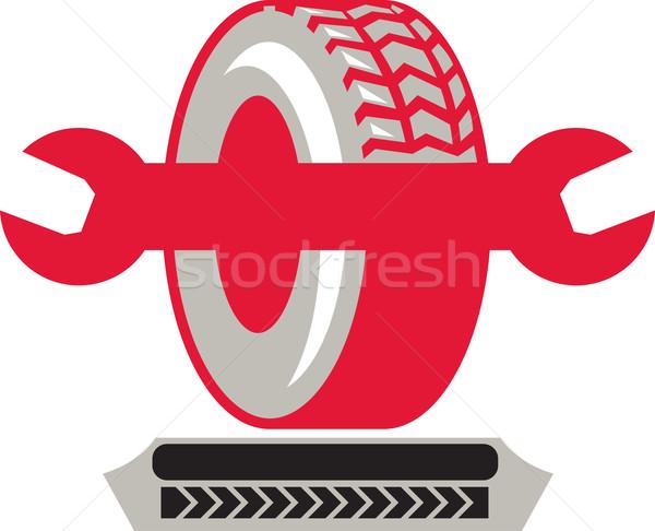 タイヤ スパナ レンチ レトロな 実例 ホイール ストックフォト © patrimonio