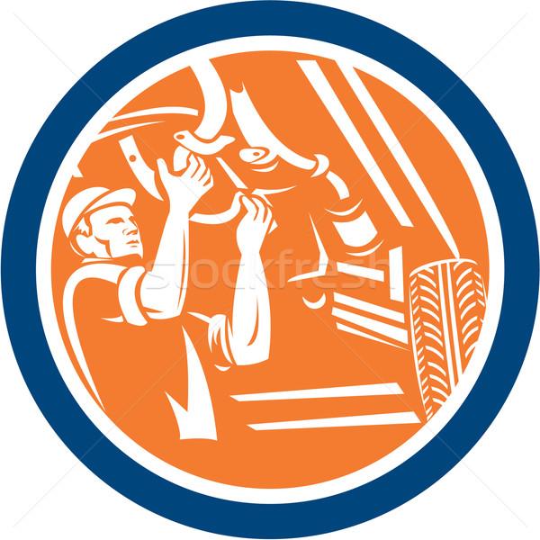 Mechanik samochodowy naprawa samochodów kółko retro ilustracja Zdjęcia stock © patrimonio