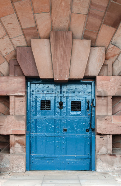 Güçlü kapı ağır ahşap demir mavi Stok fotoğraf © paulfleet